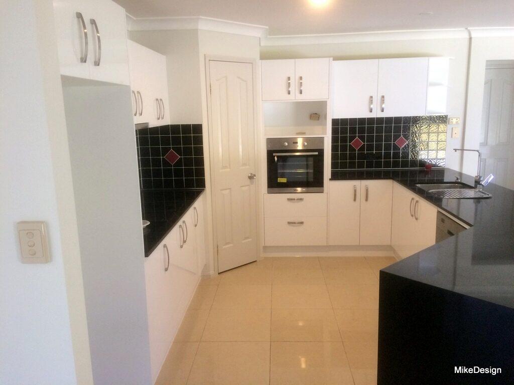 kitchen cabinets mike design. Black Bedroom Furniture Sets. Home Design Ideas