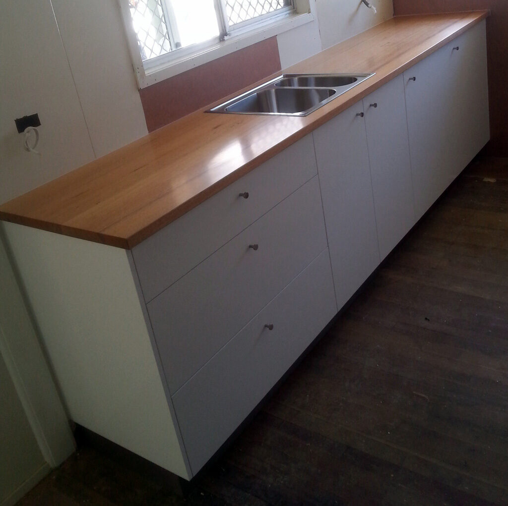 Kitchen Cabinets, Drawers, Benchtops, Pantries & Islands