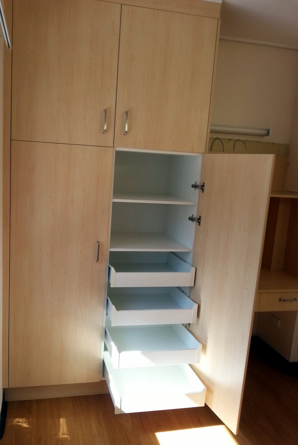 Kitchen Island With Drawers Bedroom Wardrobes Walk In Robes Amp Bedside Tables Mike